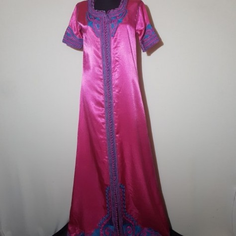 Abaya- kaftán