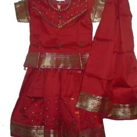 18d0d3d2e1 Kilós indiai gyerek ruhák - BerniRuhák