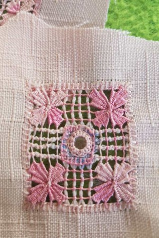 Ruhadíszek - Hímzés csomag