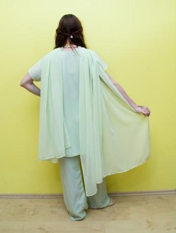 Felső-kendő-nadrág